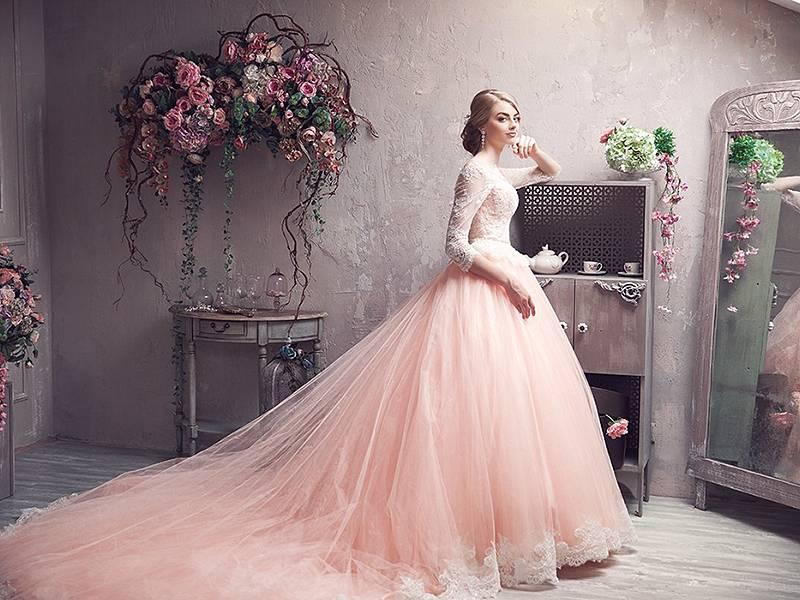 Какое свадебное платье выбрать в 2021 году: 12 горячих трендов
